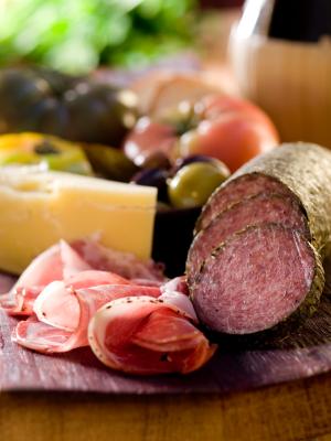 El consumo de carnes procesadas empeora los síntomas de EPOC. Reduce su consumo en tu hogar
