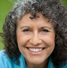 El cuidado bucal del adulto mayor