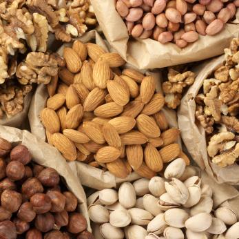 Más detalles sobre el descubrimiento que los frutos secos (las nueces) prolongan la vida