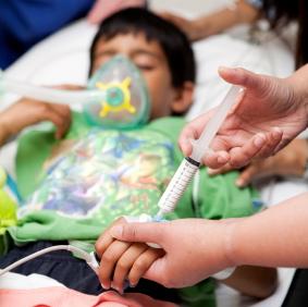 ¿Afecta la anestesia general el desarrollo del cerebro en los niños pequeños?