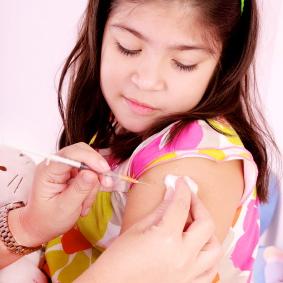 Los pediatras recomiendan que los niños se vacunen contra la gripe