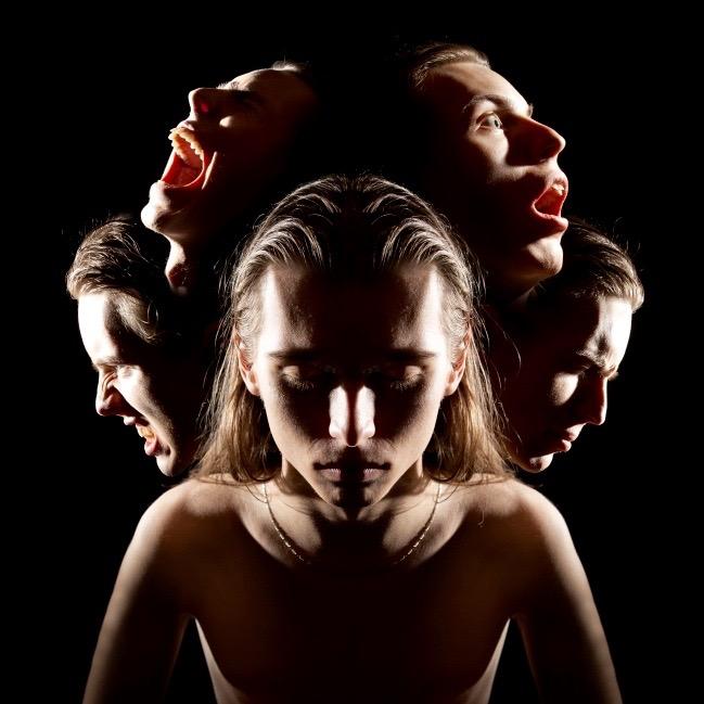 Cómo detectar si un ser querido sufre de esquizofrenia
