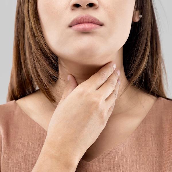 El cáncer de la tiroides – los síntomas que debes conocer
