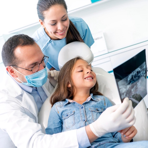 ¿Cuándo deben tomarte una radiografía de los dientes?