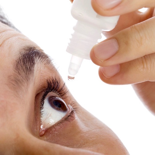 Queratitis Bacteriana: Cuando las bacterias atacan la córnea