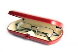 0709495b2d 4 consejos para el cuidado de tus lentes recetados