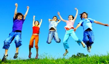 ¡Mantén a tus hijos seguros y saludables durante las vacaciones de verano!
